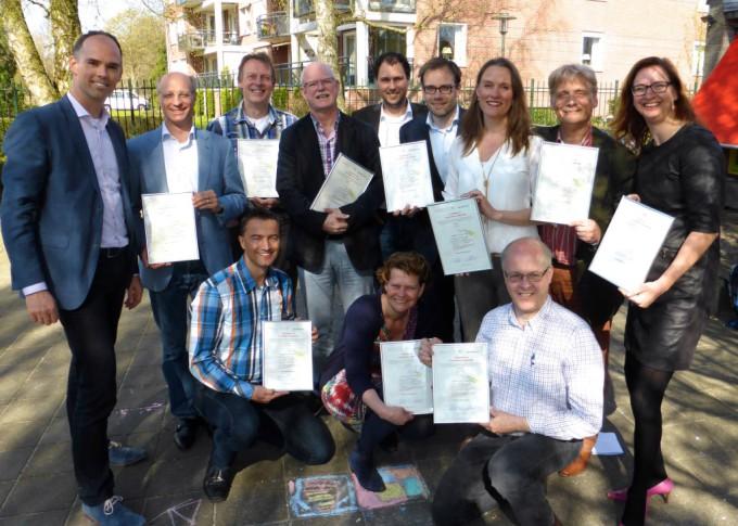 Bij de gemeenten Veenendaal trainden we een groep professionals als opmaat naar de interne pool van facilitators. Ook zij ontvingen het certificaat.